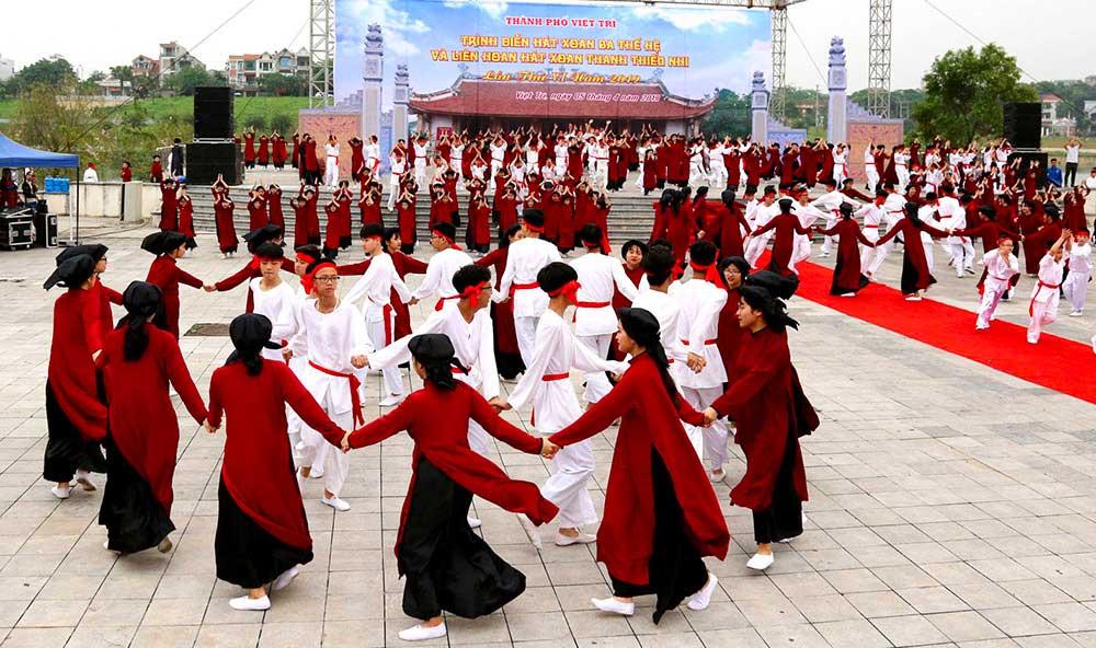 Chant Xoan, fête des rois Hung, Phu To, Vietnam