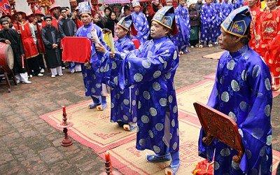 Fête des temples des rois Hùng : le Vietnam fait son retour aux sources