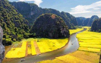 Les paysages spectaculaires de Trang An