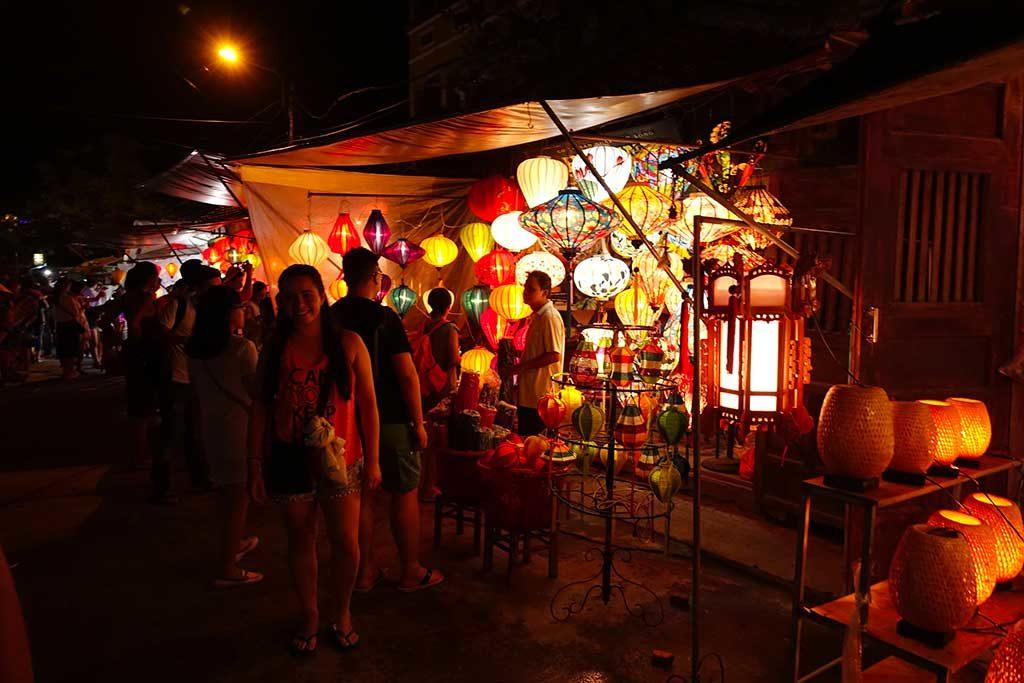 Marché de nuit, Hoi An, Vietnam
